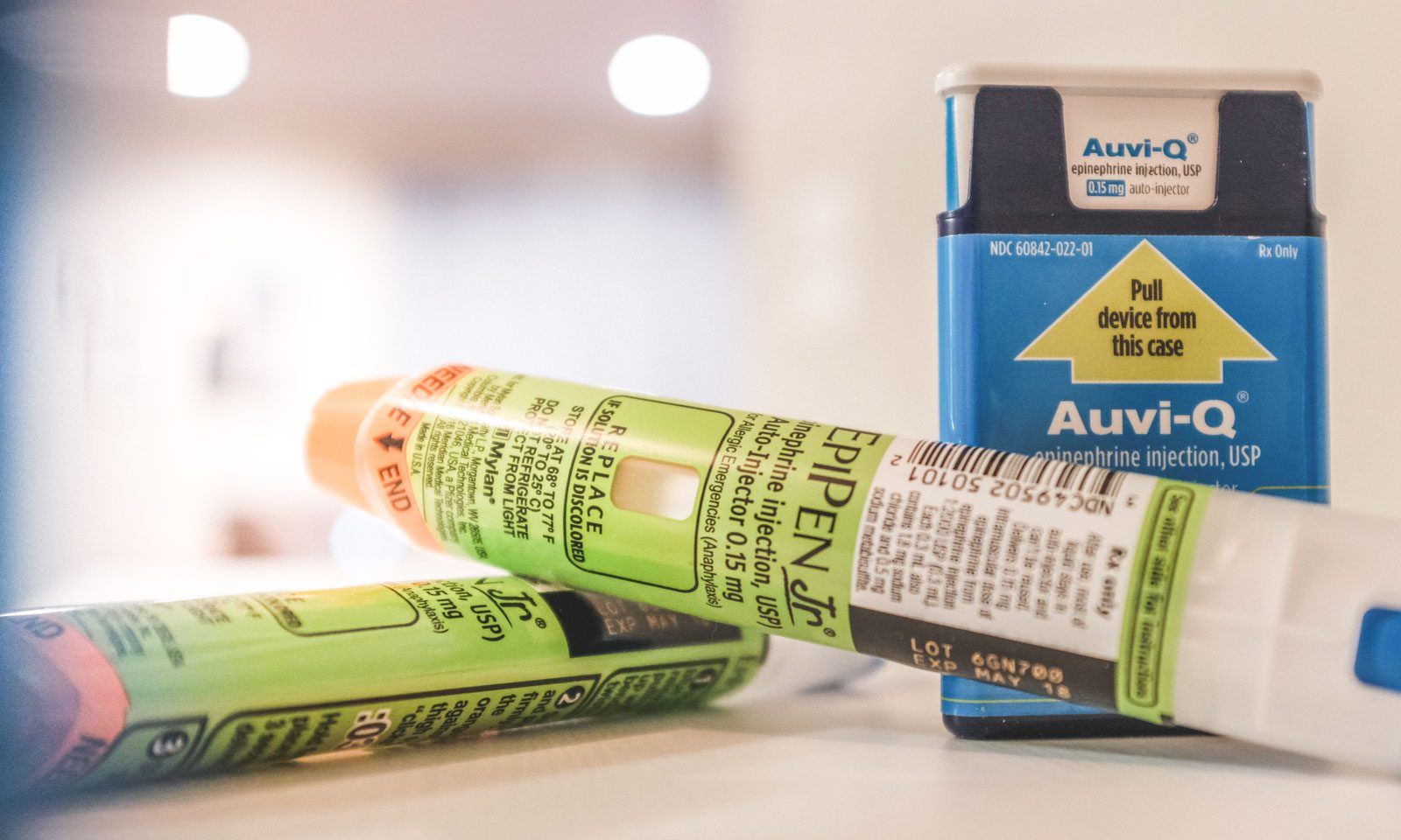 epipens are used to stop an anaphylaxis